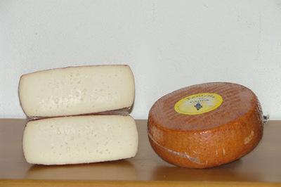 Kazas piena siers Tometta pusciets